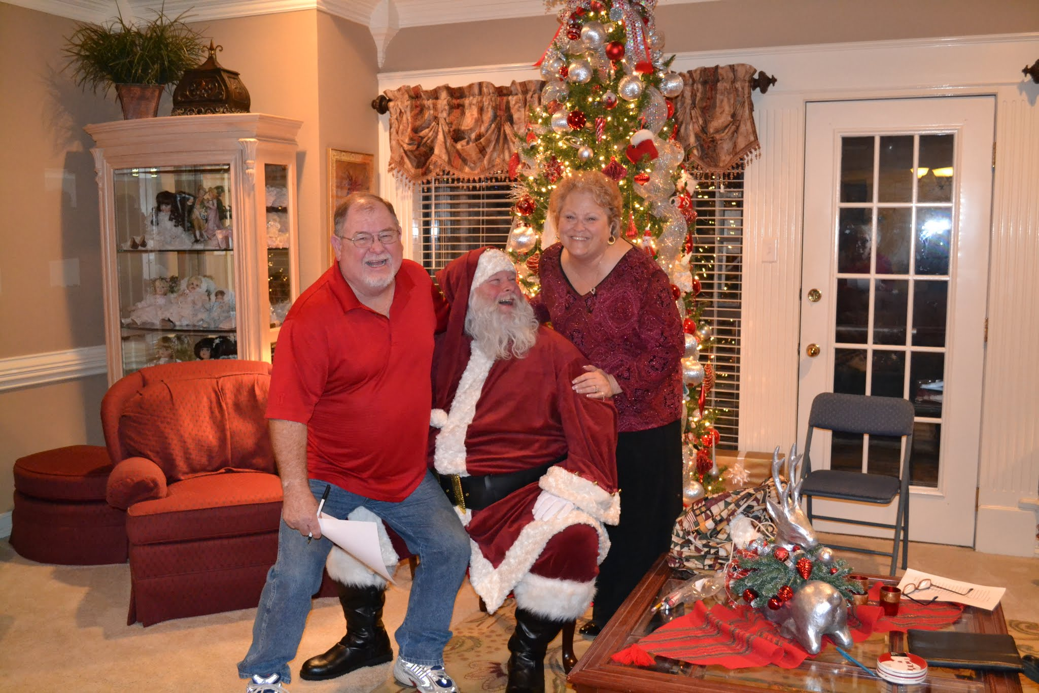 Santa Making People Smile